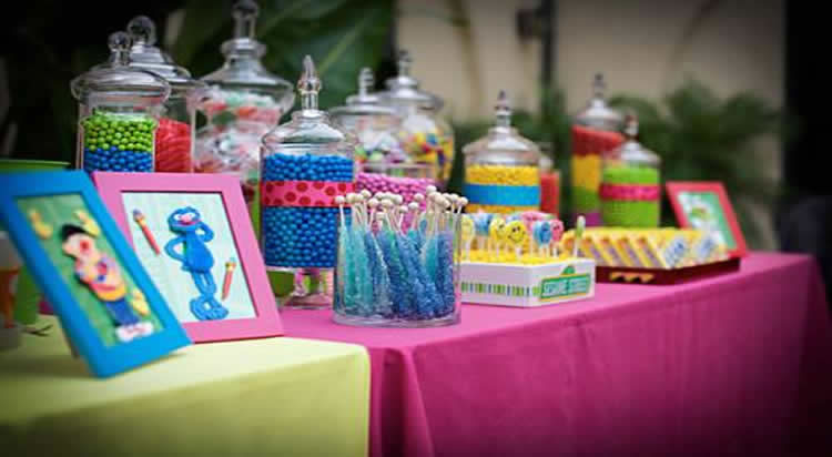 Mesa de dulces candy bar guadalajara jalisco for Mesas decoradas para fiestas